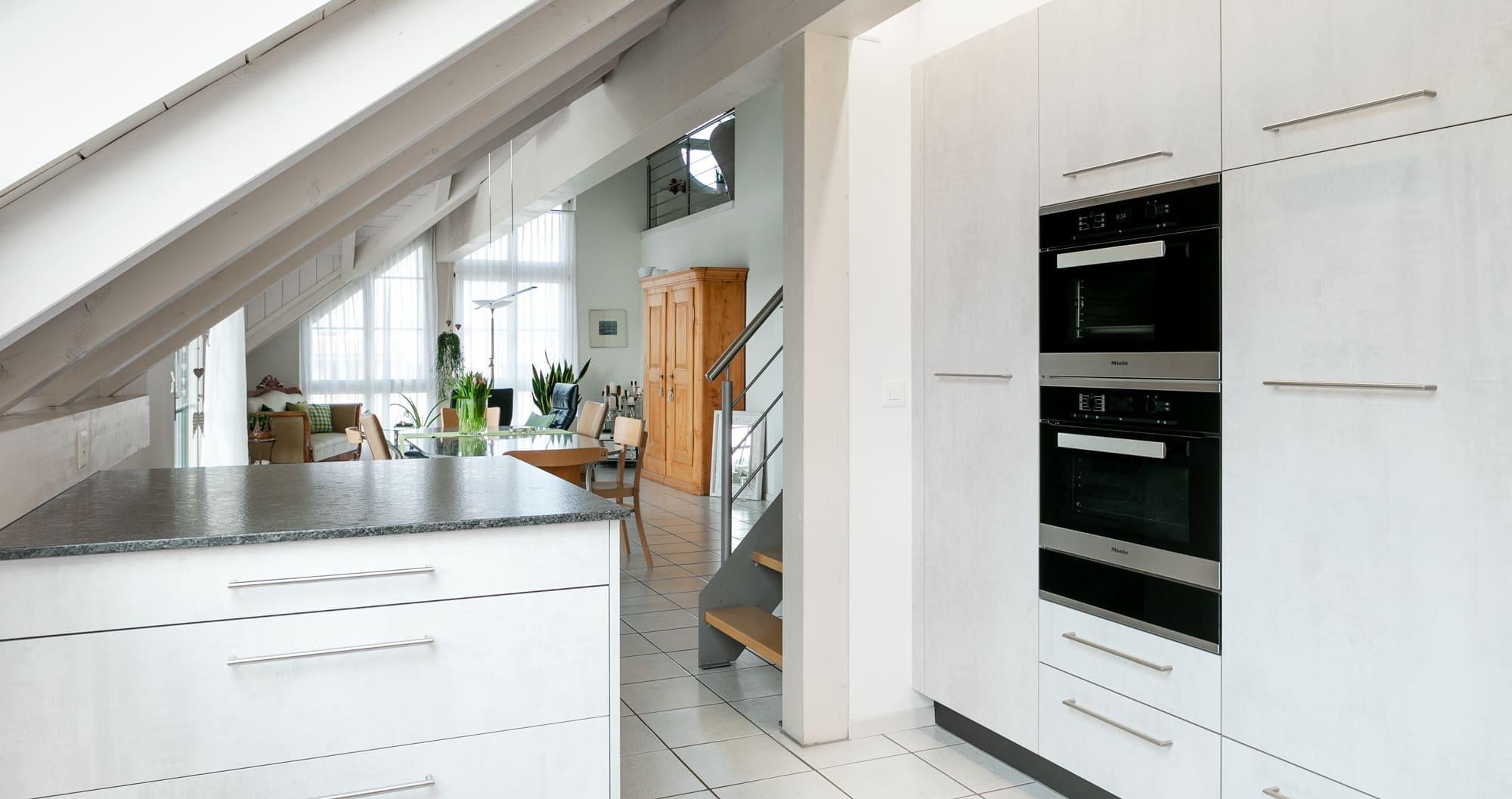 Küche in Dachschräge Gyger Küchen GmbH