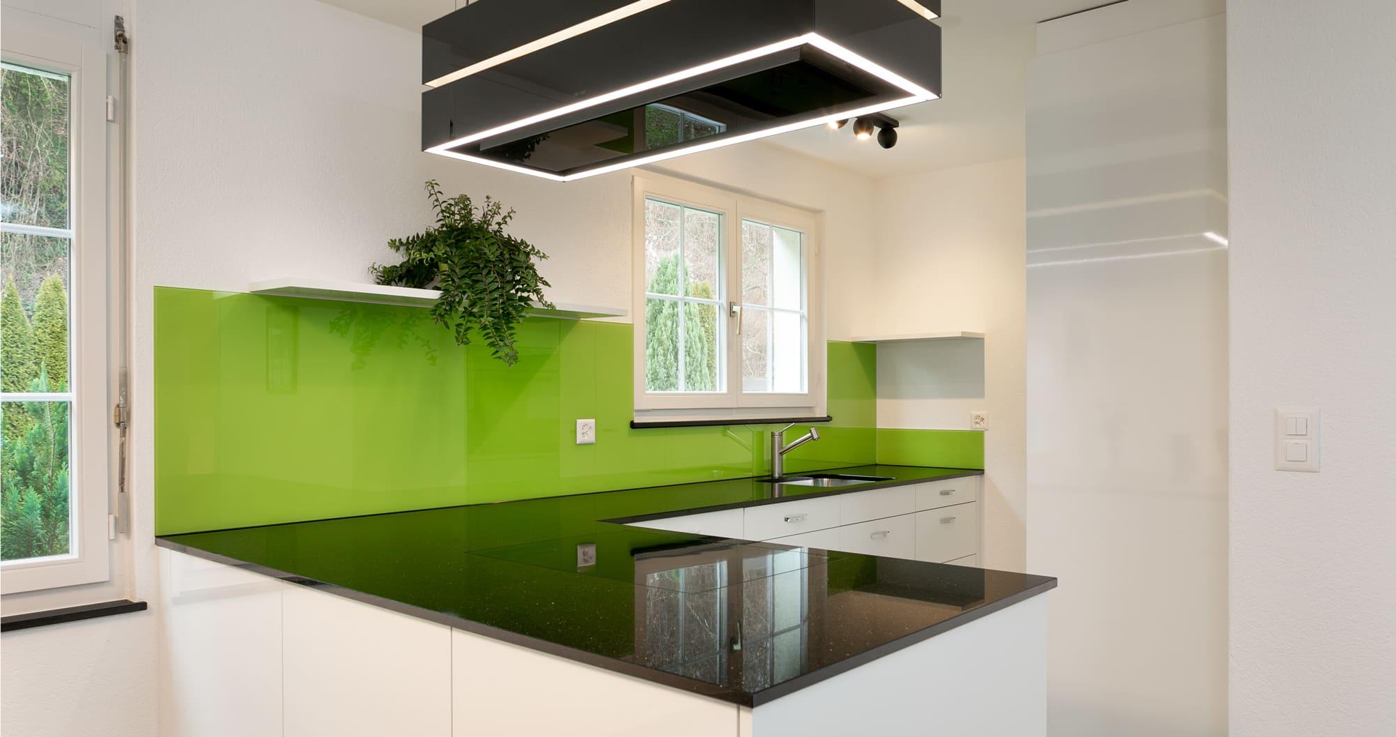 Küche fürs Leben grün Gyger Küchen GmbH