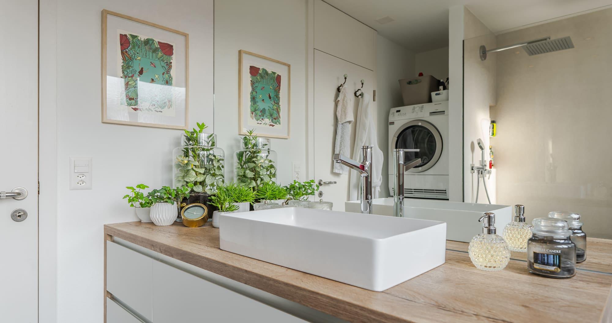 Neue Badezimmer renoviert Gyger Küchen GmbH